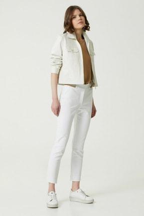 Network Kadın Slim Fit Beyaz Beli Şeritli Pantolon 1079117