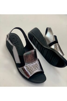 Muya Kadın Kurşun Renk Yanları Klasik Manyetik Taban Hafif Anatomik Sandalet Ayakkabı 30015