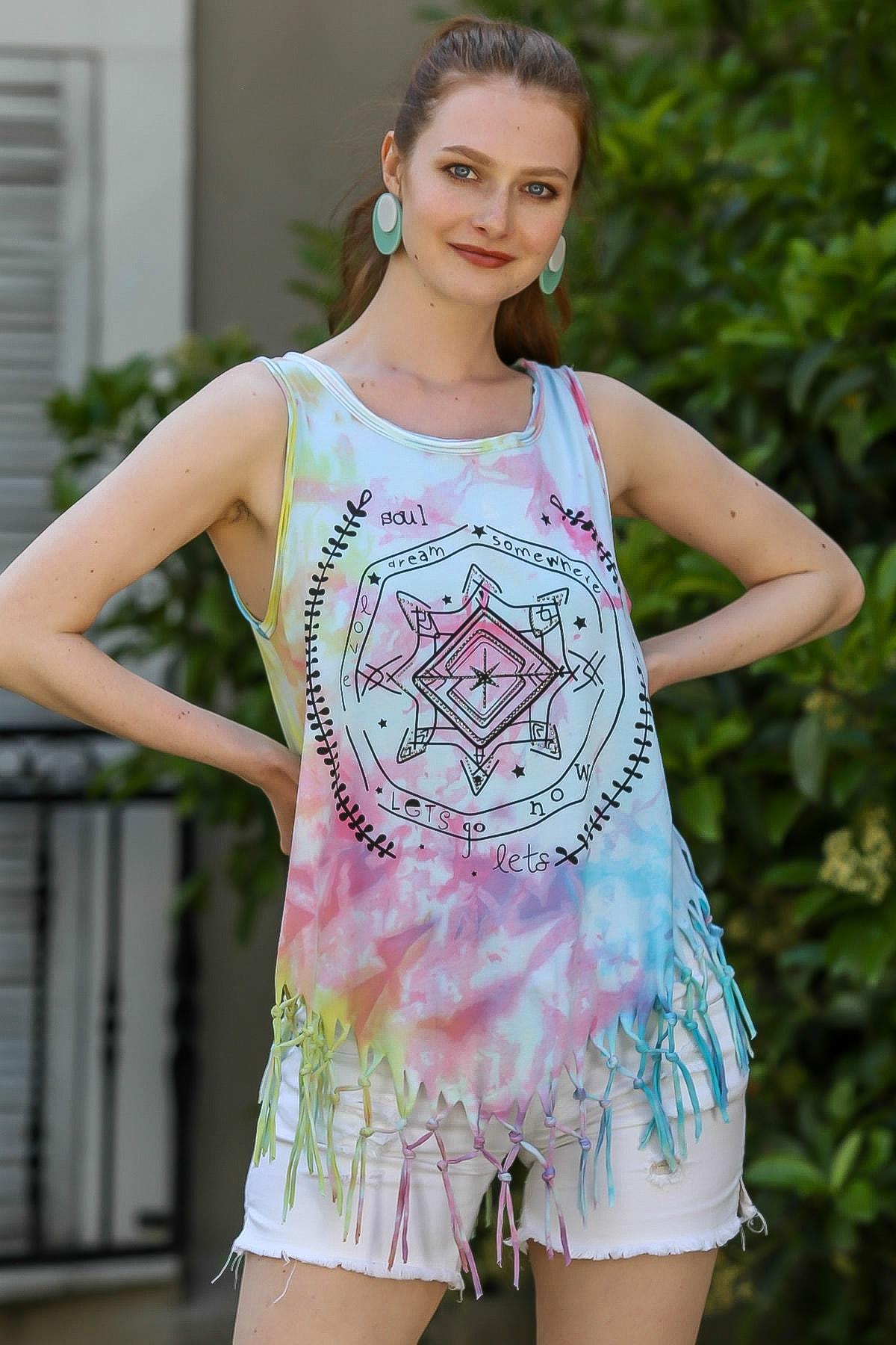 Chiccy Kadın Yeşil Bohem Baskılı Batik Desenli Etek Ucu Saçaklı T-Shirt M10010300TS98175