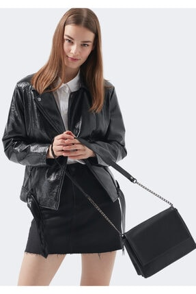 Mavi Çapraz Askılı Siyah Çanta