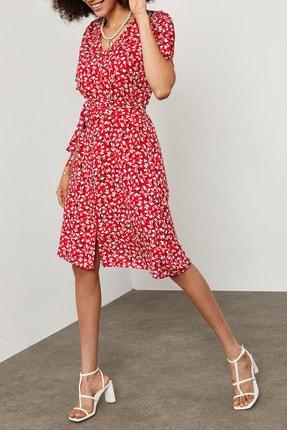 XENA Kadın Kırmızı Kolları Volanlı Desenli Viskon Elbise 1YZK6-11885-04