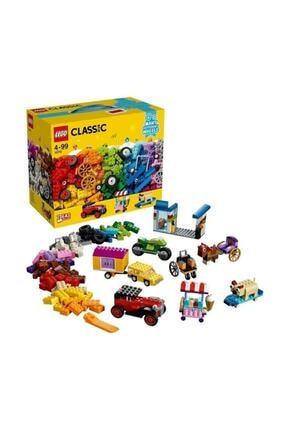 LEGO ® Classic® Tekerlekli Yapım Parçaları 10715   4+ Yaş (442 Parça)
