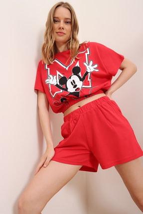 Trend Alaçatı Stili Kadın Kırmızı Baskılı Beli Lastikli Crop Top Ve Şort Alt Üst Takım MDA-1203