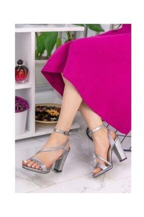 Mia Gri Cilt Topuklu Ayakkabı