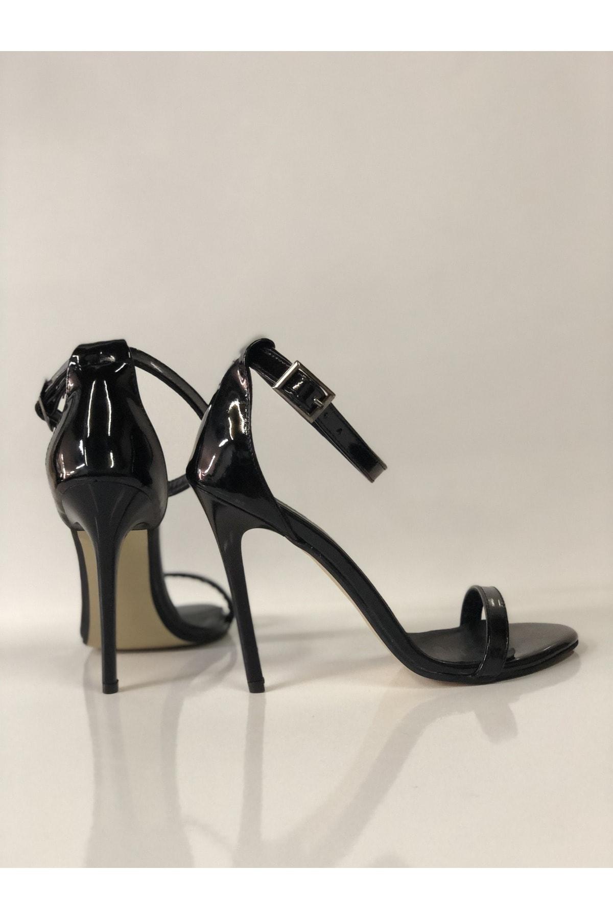 HAYYSHOES Kadın Siyah Topuklu Sandalet 2