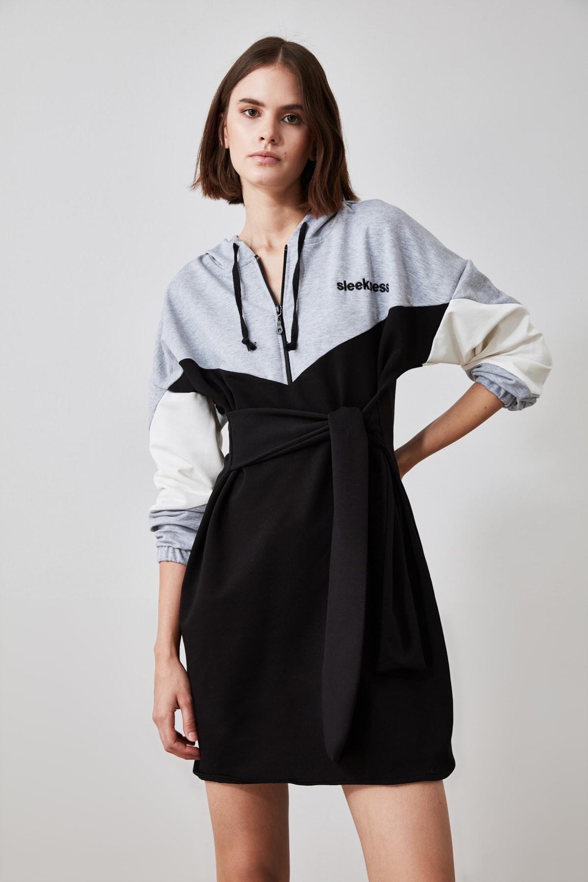TRENDYOLMİLLA Siyah Bağlama Detaylı Örme Sweatshirt Elbise TWOAW21SW0540 2