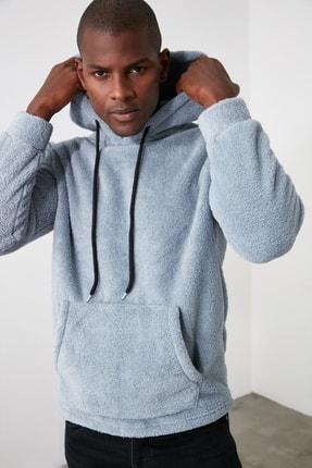 TRENDYOL MAN Gri Erkek Kapüşonlu Kanguru Cepli Peluş Uzun Kollu Sweatshirt TMNAW20SW0090