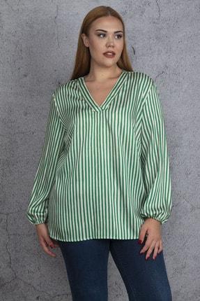 Şans Kadın Yeşil V Yakalı Çizgili Saten Bluz 65N18477