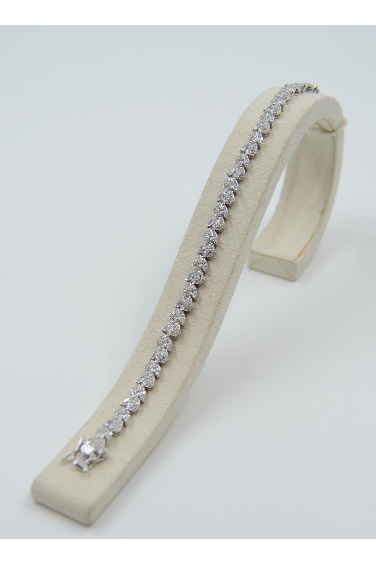 Swarovski Kadın Beyaz Zirkon Taşlı Kalp Desenli 925 Ayar Gümüş Bileklik 2