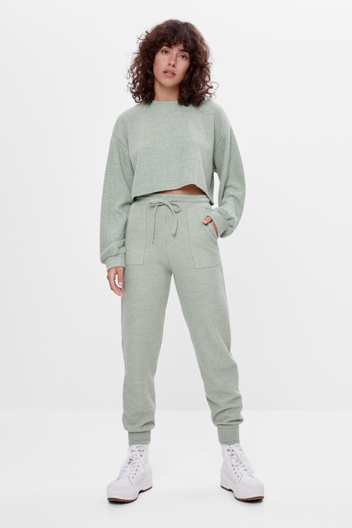 Bershka Kadın Haki Ajurlu Örgü Jogger Pantolon 1