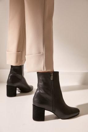 Hotiç Hakiki Deri Siyah Kadın Topuklu Bot