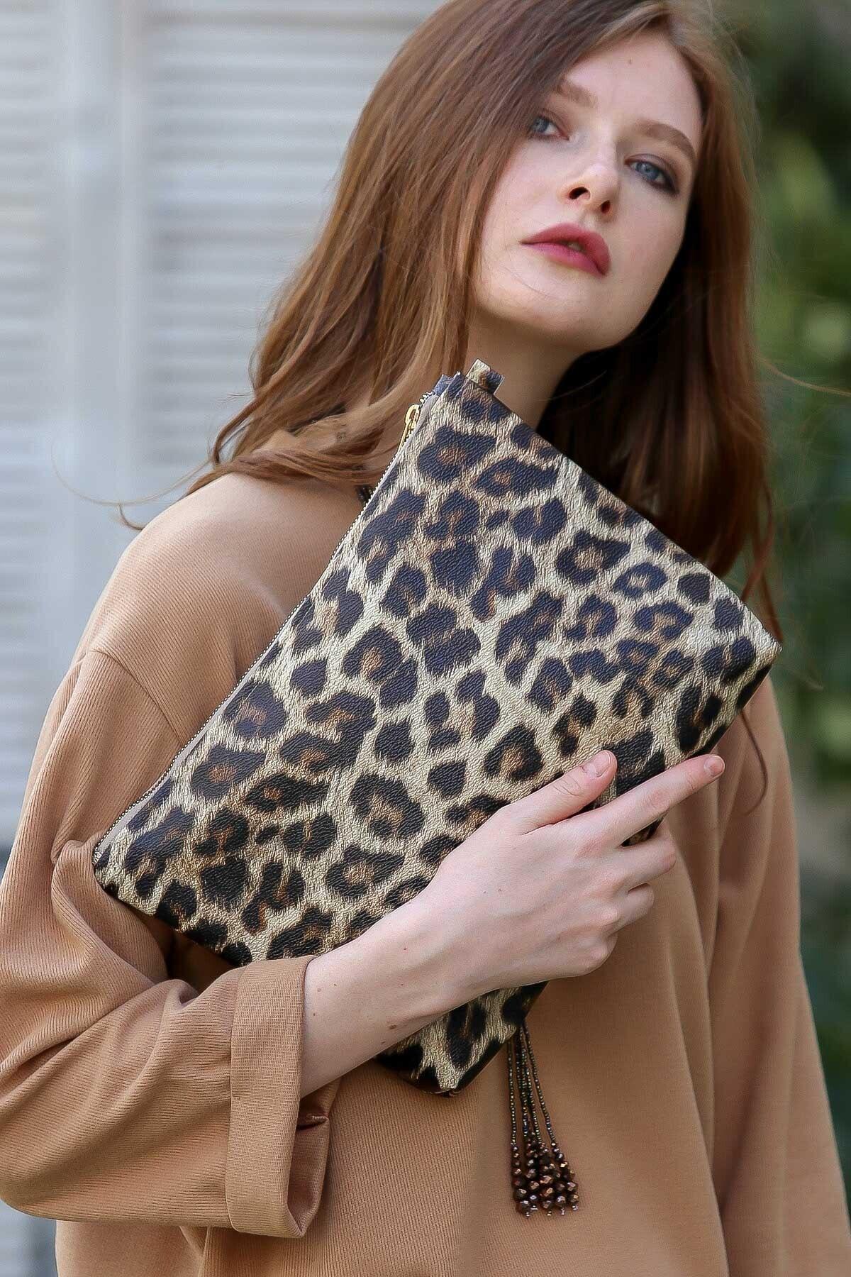 Chiccy Kadın Casual leopar vegan clutch çanta C30090400CF97235