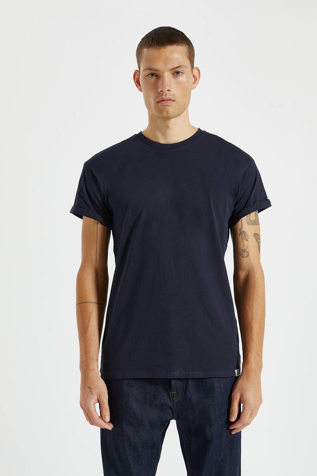 Pull & Bear Erkek Lacivert Logolu Basic Muscle Fit T-Shirt 09244941