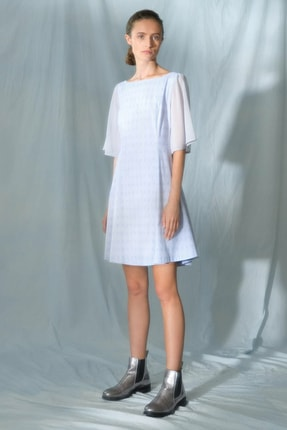 Yargıcı Kadın Mavi Beyaz Çizgili Sırt Detaylı Kolsuz Elbise 0KKEL7014X