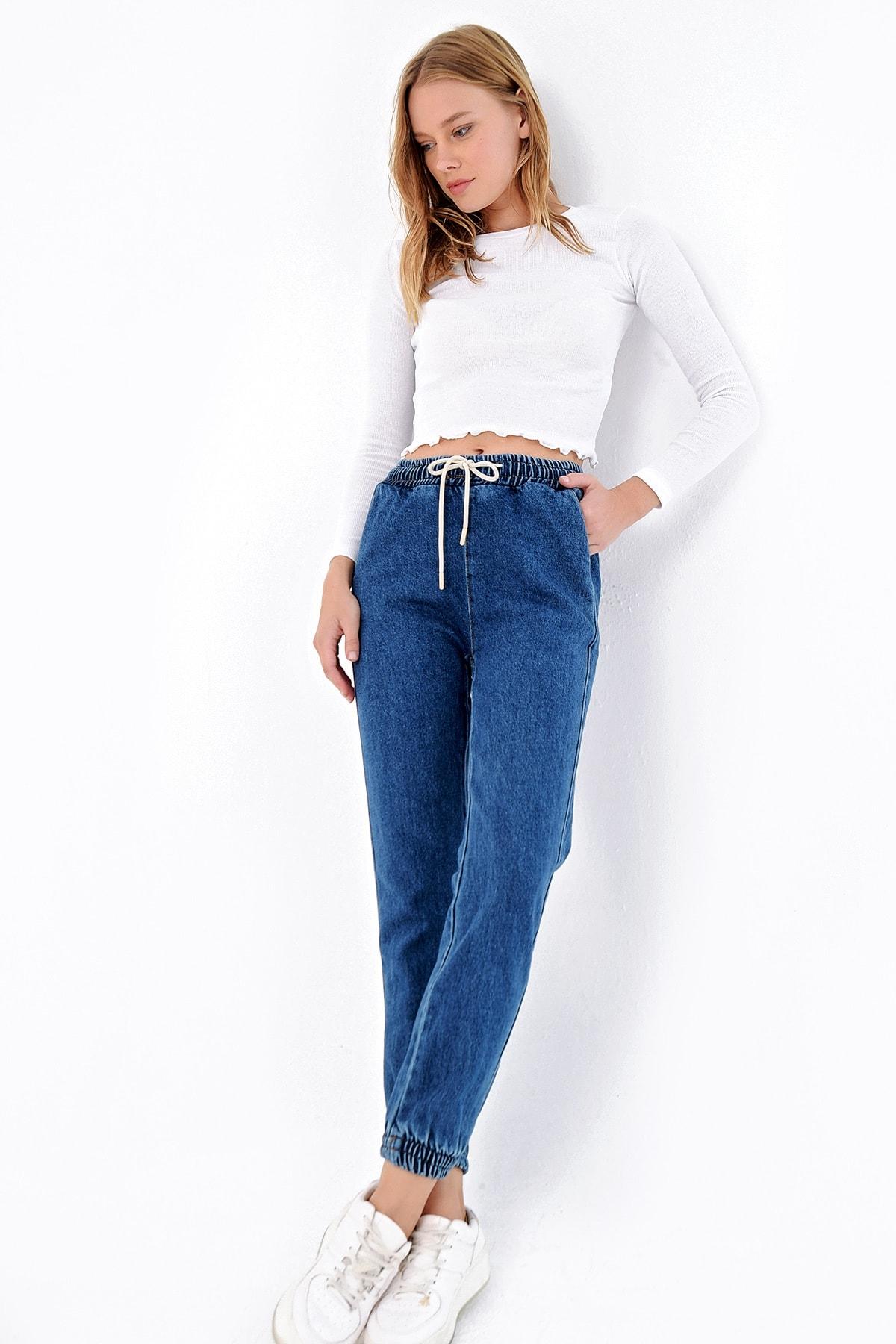 Trend Alaçatı Stili Kadın Mavi Beli Ve Paçası Lastikli Jean Pantolon ALC-X4971 1
