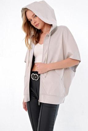 Trend Alaçatı Stili Kadın Bej Düşük Kol Kapşonlu Süet Ceket MDA-ST033