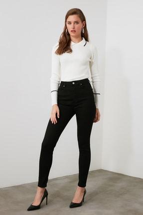 TRENDYOLMİLLA Siyah Yüksek Bel Skinny Jeans TWOAW21JE0460