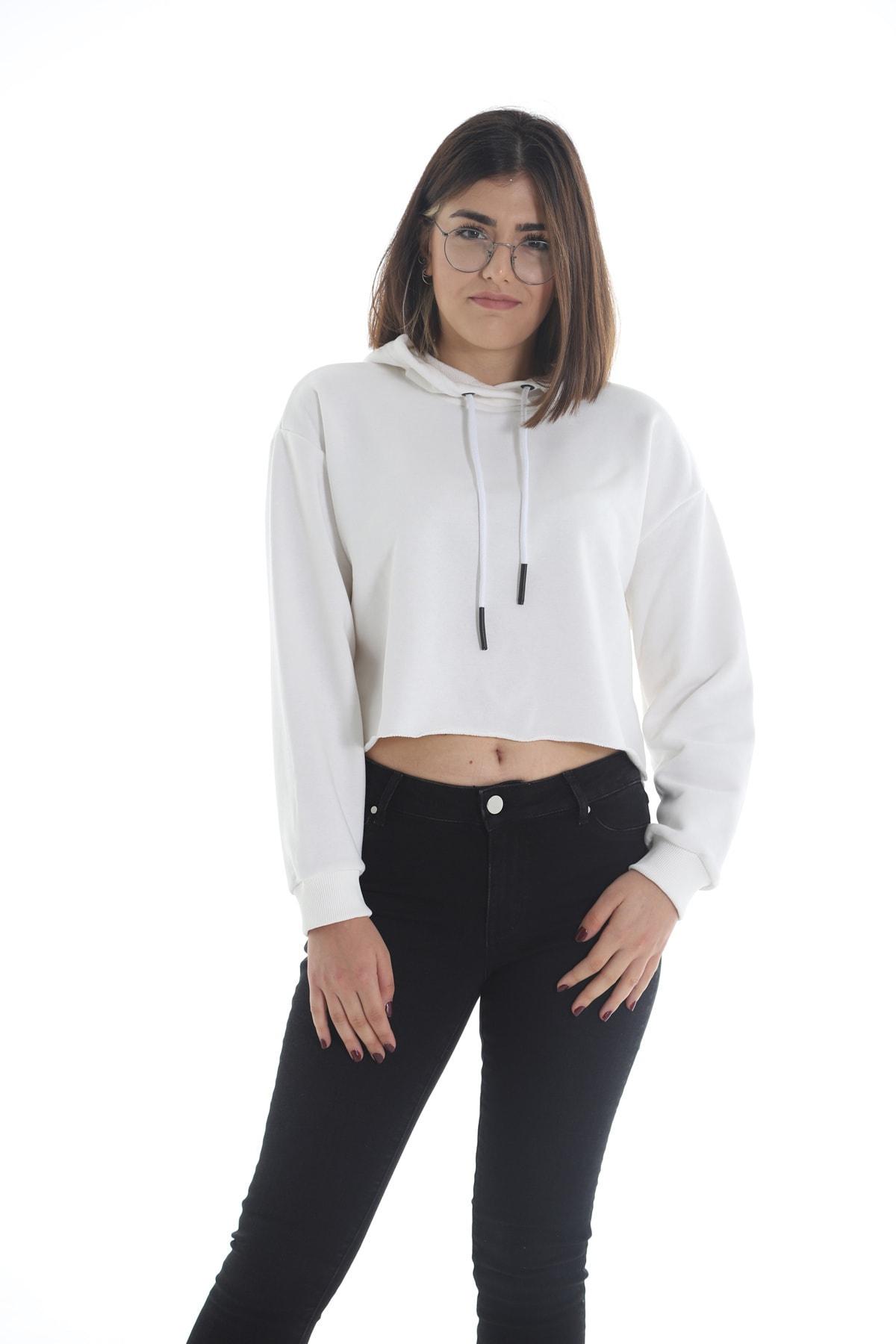 Yelken Kadın Beyaz Kapüşonlu Crop  Sweatshirt 1