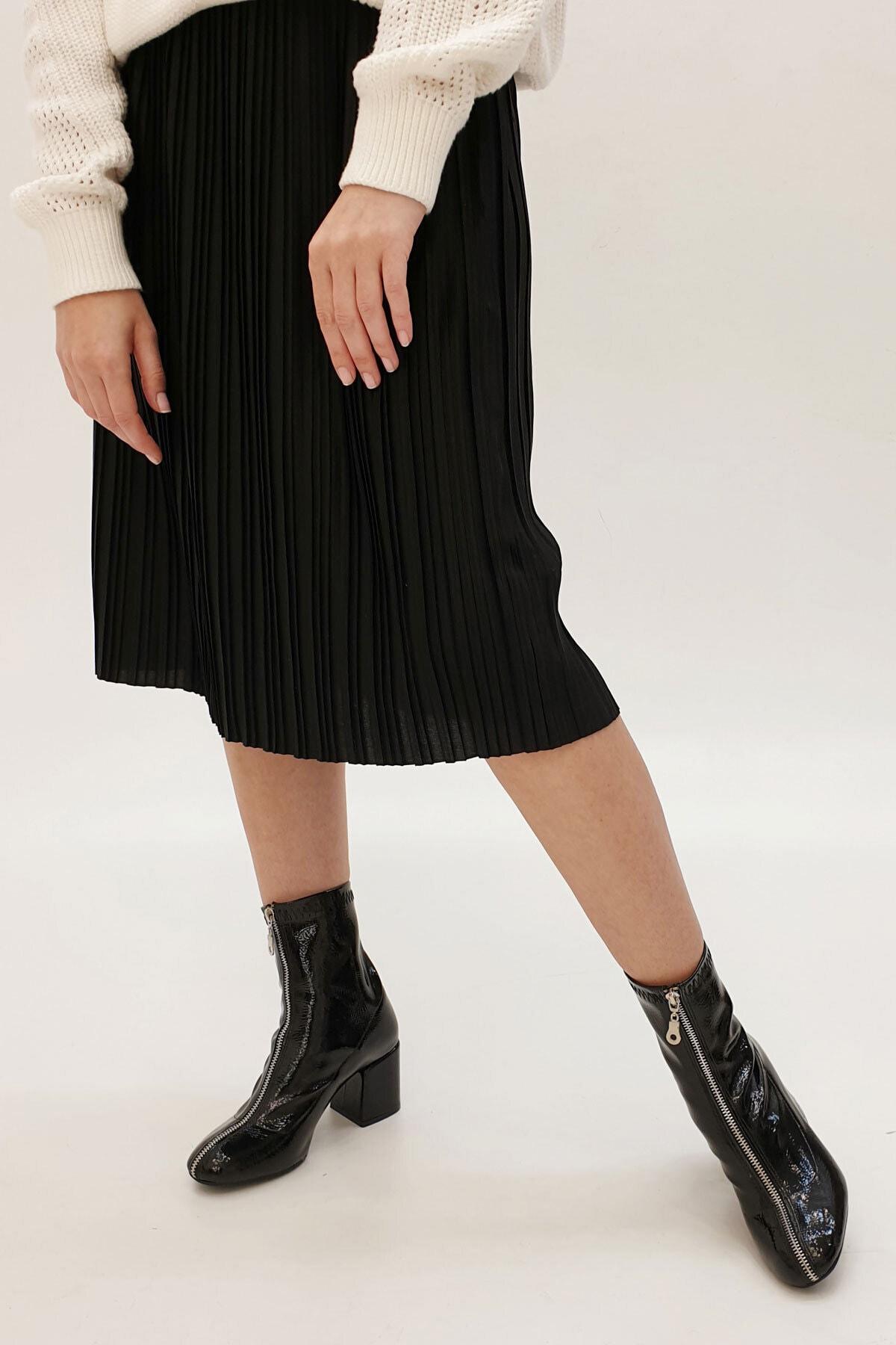 Marjin Kadın Siyah Rugan Miven Topuklu Bot       19K0022AS415 2