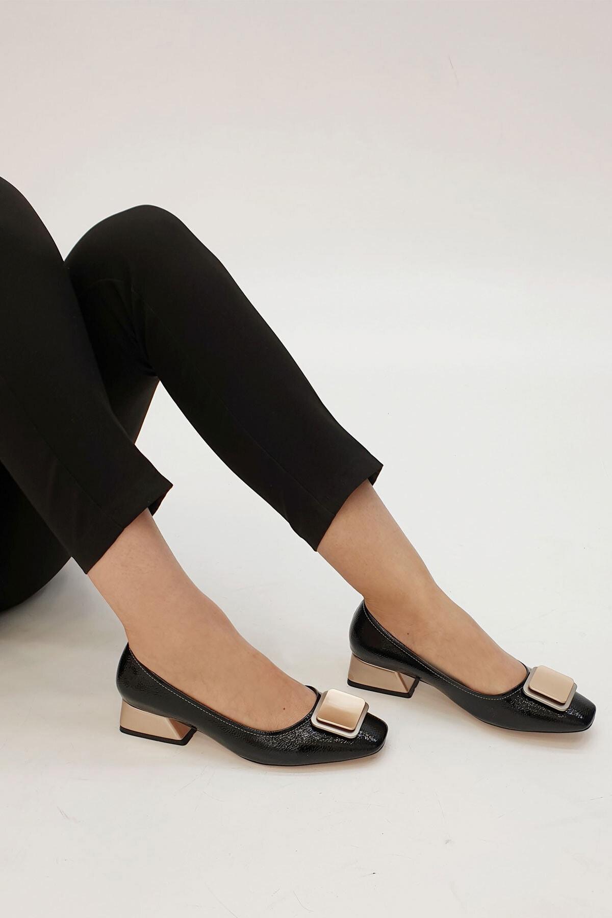 Marjin Kadın Siyah Rugan Tebra Topuklu Ayakkabı 1