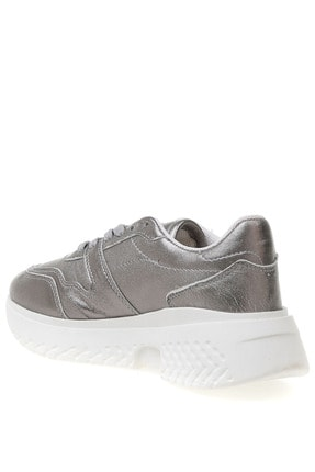 Fabrika Sneakers