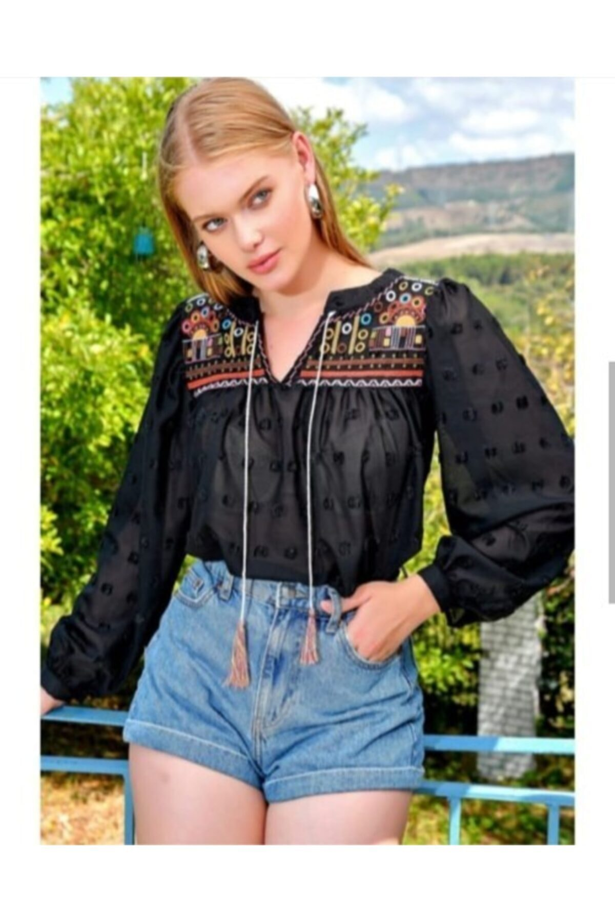 Gulumse Kadın Siyah Vintage Transparan Bluz 1