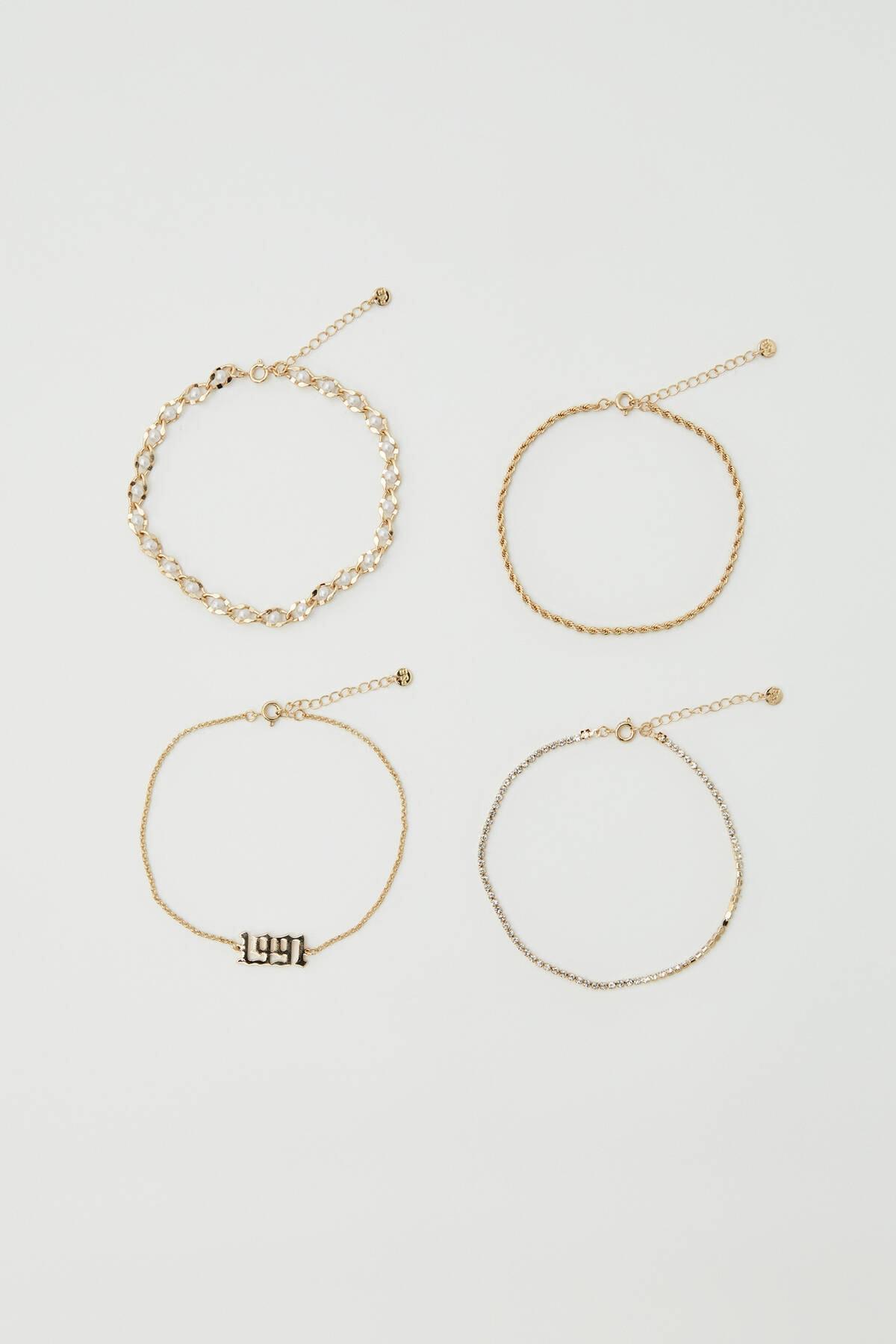 Pull & Bear Kadın Altın Rengi Yıl Detaylı Altın Rengi Halhal Seti 09996381 1