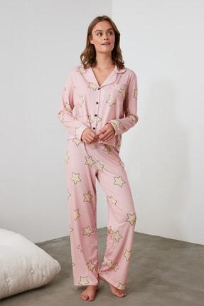 TRENDYOLMİLLA Pudra Yıldız Baskılı Örme Pijama Takımı THMAW21PT0456