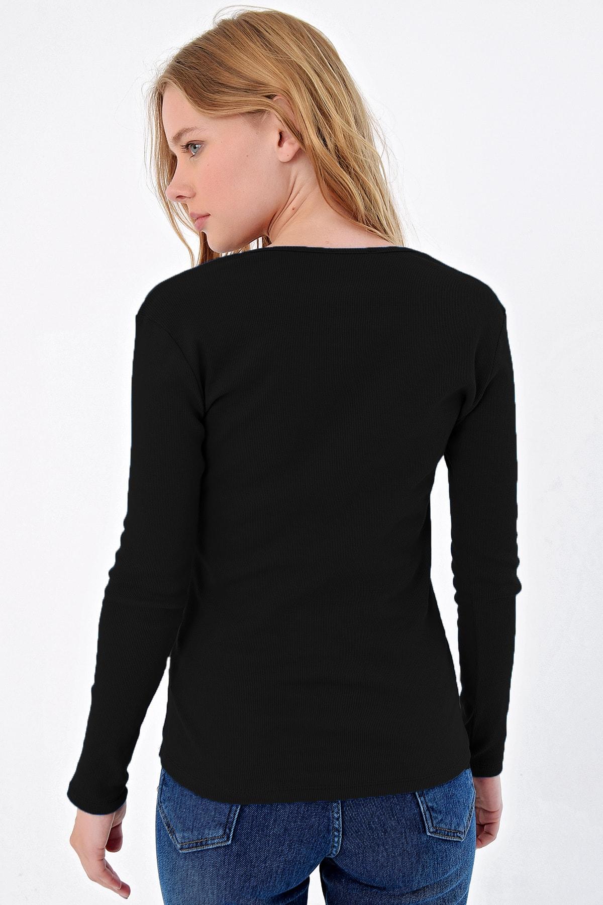 Trend Alaçatı Stili Kadın Siyah Çıtçıtlı Kaşkorse Bluz MDS-345-BLZ 2