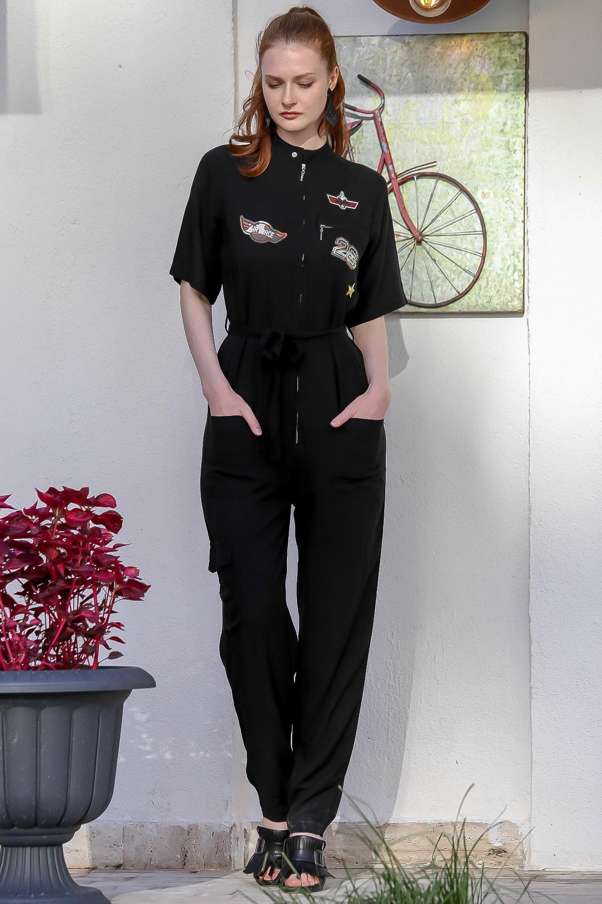 Chiccy Kadın Siyah Military Aplike Detaylı Fermuarlı Cepli Kuşaklı Dokuma Tulum M10160000El94801