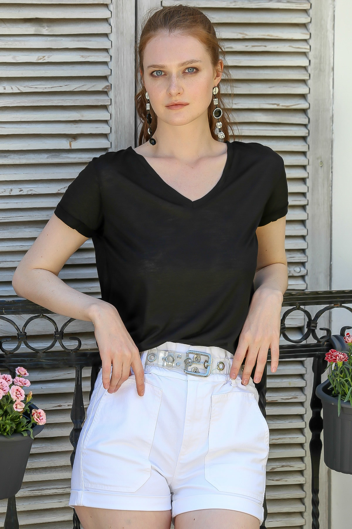 Chiccy Kadın Siyah Casual V Yaka Salaş T-Shirt M10010300Ts98166