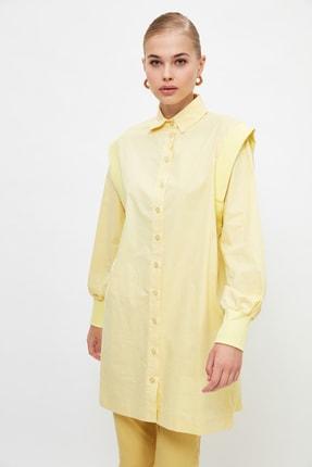 Trendyol Modest Sarı Gömlek Yaka Omuz Detaylı Tesettür Tunik TCTSS21UK0010
