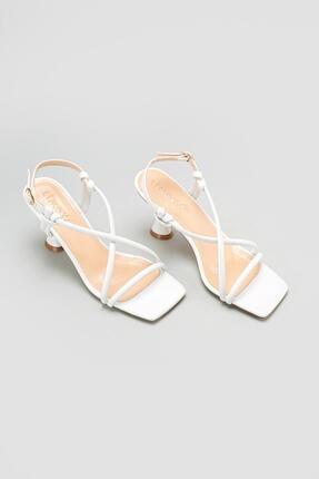 Limoya Cornelia Beyaz Yüksek Topuklu Ince Bantlı Sandalet