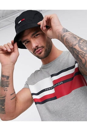 Tommy Hilfiger Abstract Stripe
