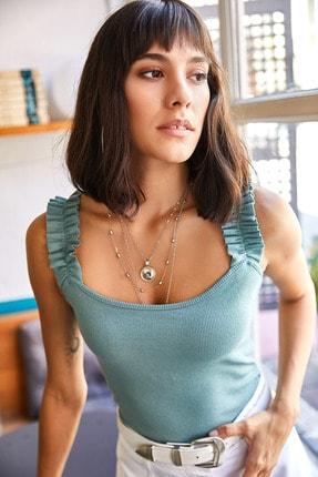 Olalook Kadın Çağla Yeşili Askısı Fırfırlı Likralı Kaşkorse Bluz BLZ-19000920