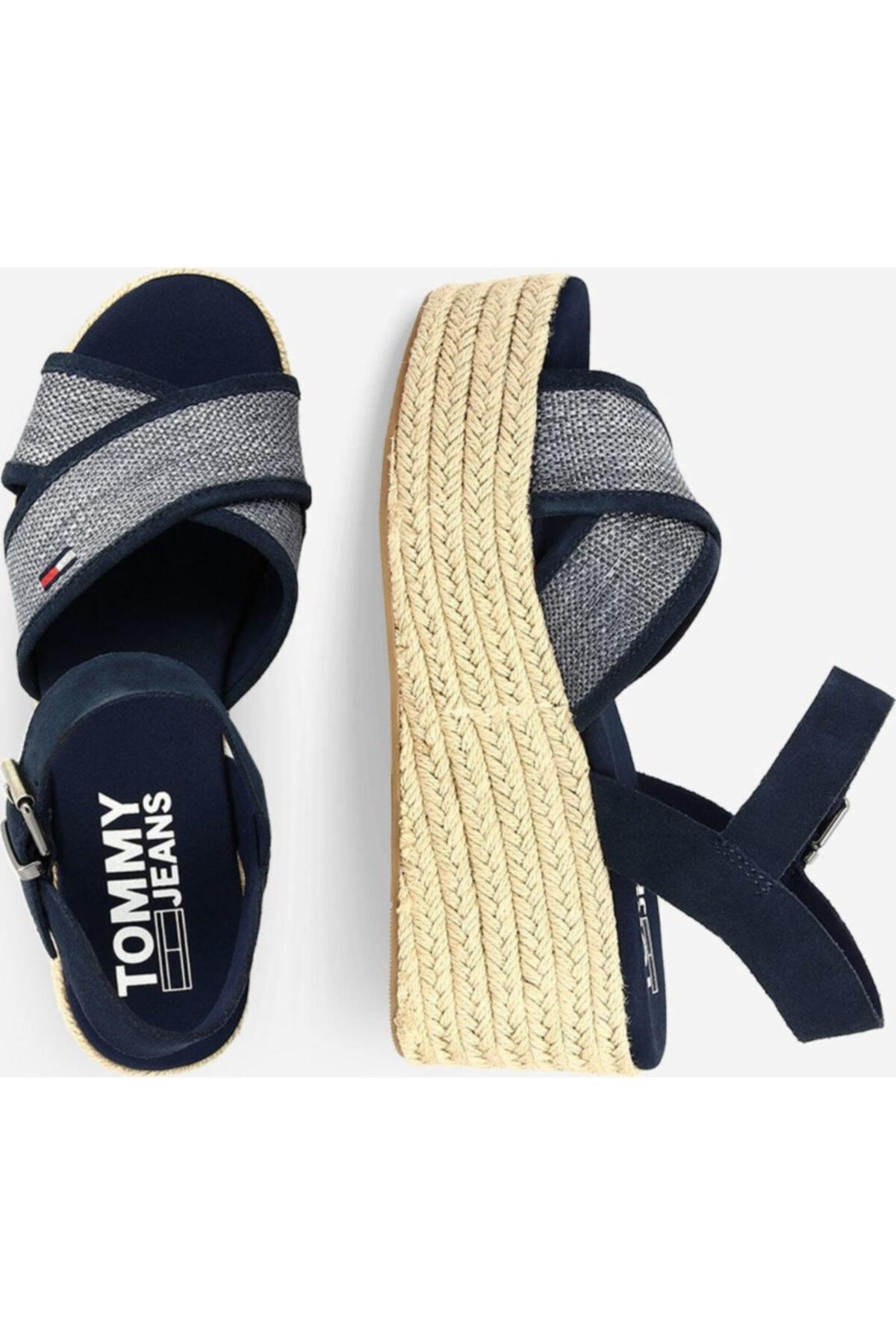 Tommy Hilfiger Kadın Lacivert Dolgu Topuk Sandalet En0en00910-c87 2