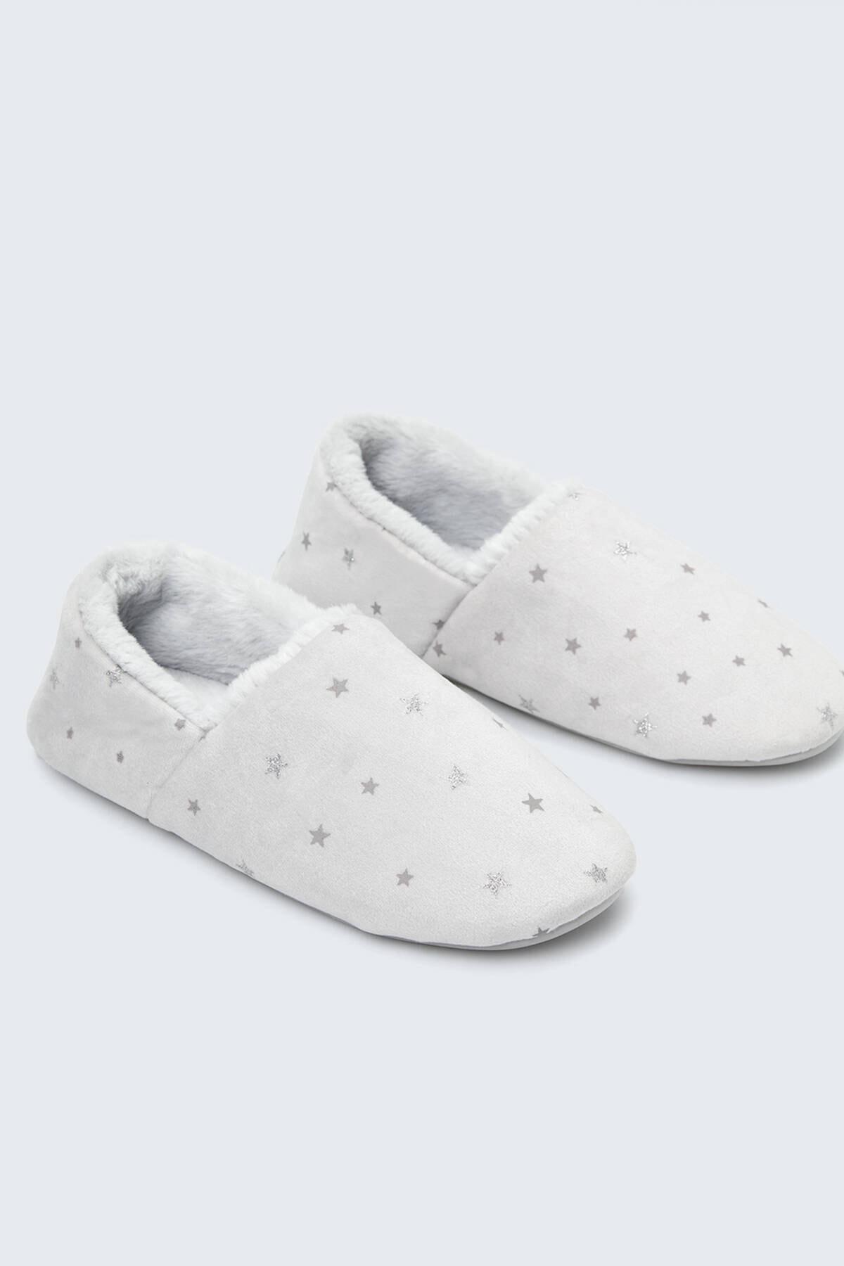 Oysho Kadın Gri Yıldızlı Ev Ayakkabısı 1