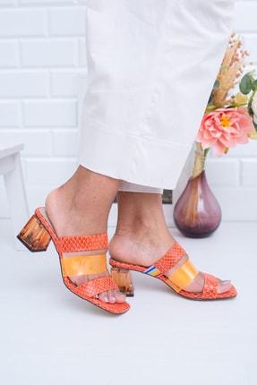 Moda Değirmeni Fosforlu Turuncu Yılan Kadın Klasik Topuklu Ayakkabı Md1022-119-0005