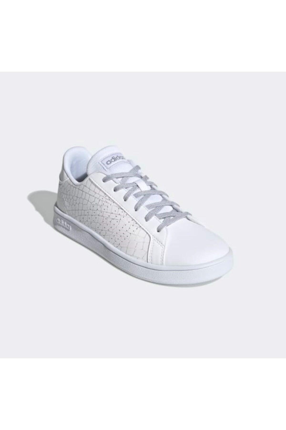 adidas Unisex Beyaz Advantage Ayakkabı Fw3186 1