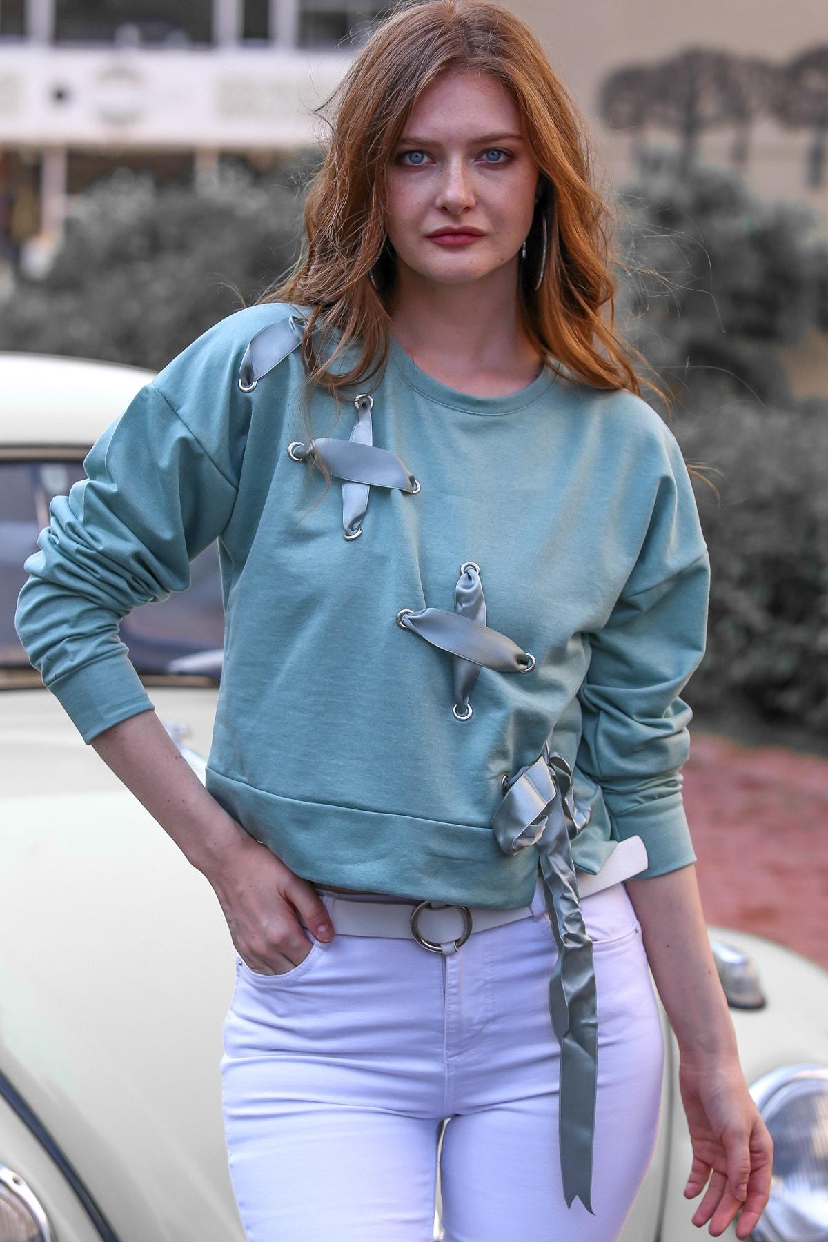 Chiccy Kadın Mint Vintage Kuş Gözlü Kurdele Bağlama Detaylı Sweat M10010700SW99350