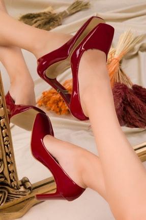 SOHO Kırmızı Rugan Kadın Klasik Topuklu Ayakkabı 15519