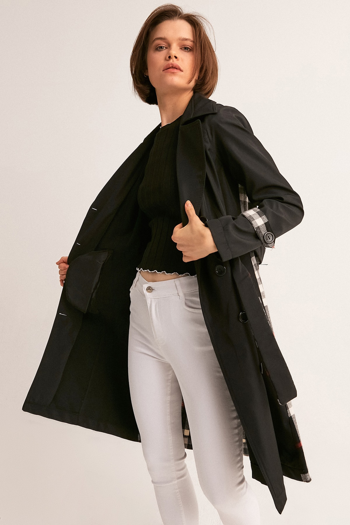 Fulla Moda Kadın Siyah Arkası Ekose Trençkot 2