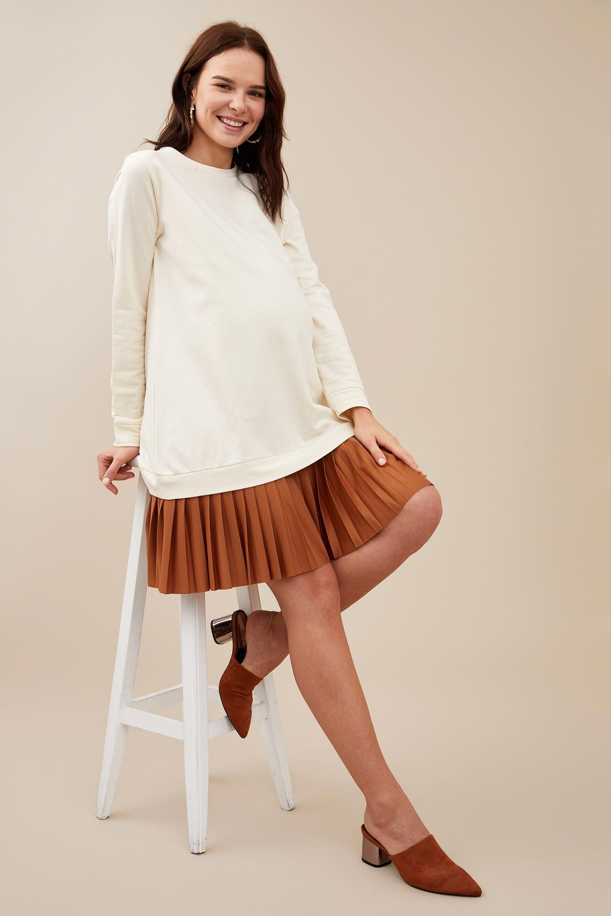 DeFacto Kadın Ecru Hamile Pilise Detaylı Pamuklu Sweat Elbise S2388AZ20AU