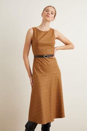 adL Kadın Kahverengi Yuvarlak Yaka Elbise