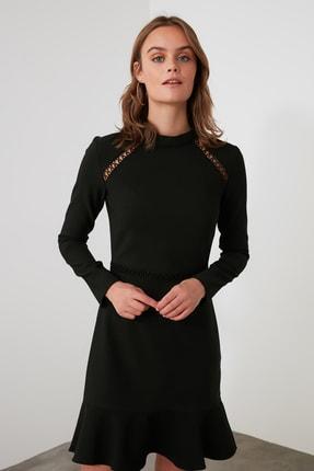 TRENDYOLMİLLA Siyah Dantel Detaylı Volanlı Elbise TWOAW21EL1892