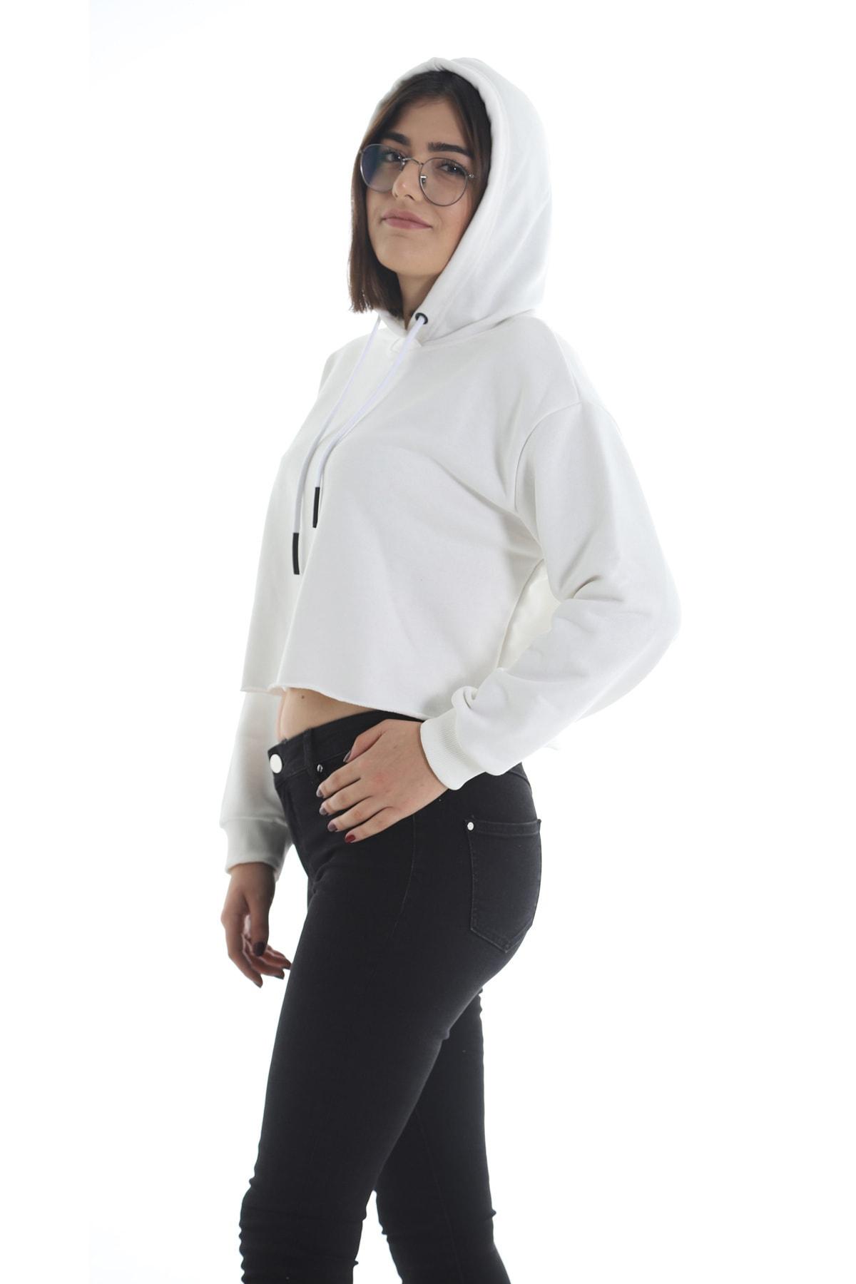 Yelken Kadın Beyaz Kapüşonlu Crop  Sweatshirt 2