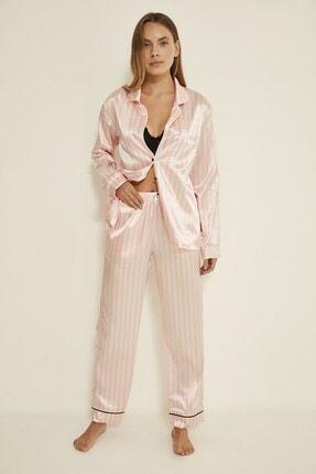 C&City Kadın Pembe-Ekru Ruby Bristol Saten Uzun Kol Gömlek Pantolon Takım