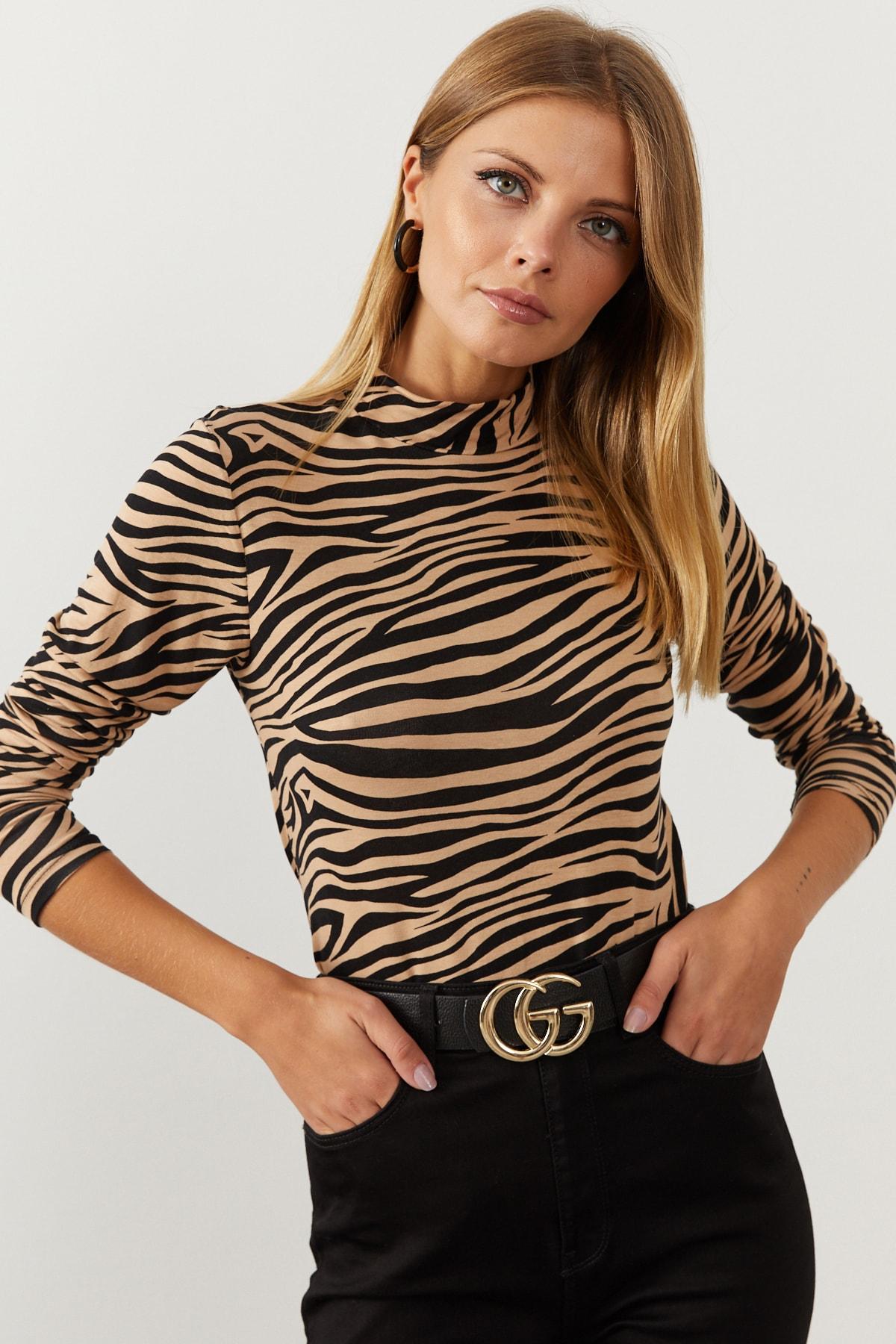 Cool & Sexy Kadın Camel-Siyah Yarım Balıkçı Zebra Desen Bluz LPP1133 1