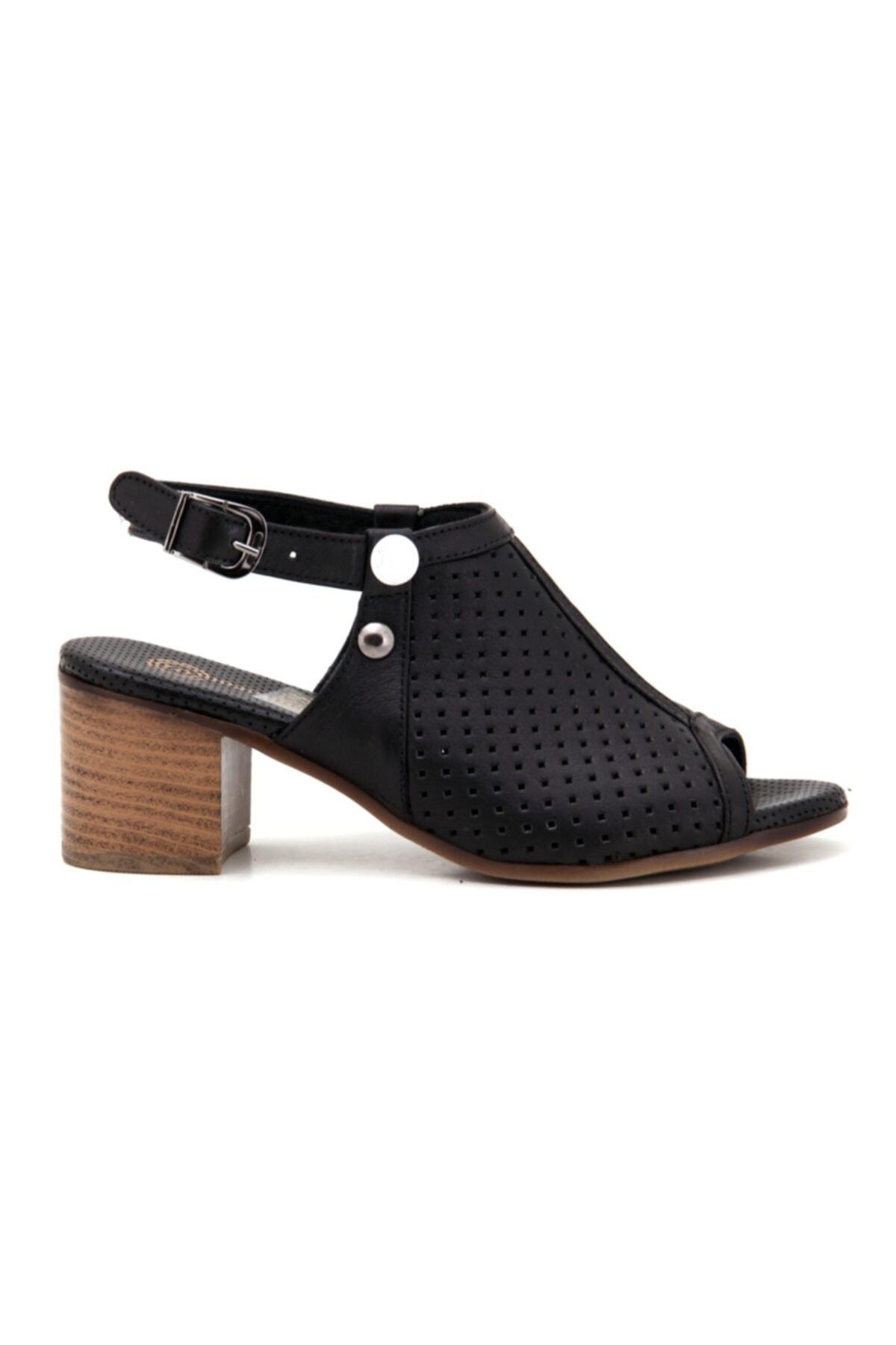 Mammamia Kadın Siyah  Günlük Sandalet 2