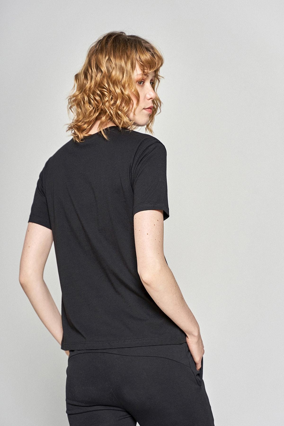HUMMEL Kadın Siyah Jasmine T-shirt 911192-2001 2